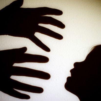 Horror-Eltern vergewaltigen eigene Tochter (Foto)