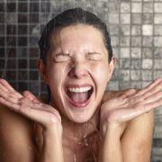 Widerlich! Ekel-Wurm frisst sich beim Duschen in Menschenauge (Foto)