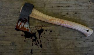 Eine Frau aus Russland zerhackte ihre Teenager-Tochter - weil diese zu aufmüpfig war (Symbolbild). (Foto)