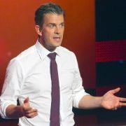 Abzocker und Hundekacke! DIESE Skandale erschütterten die Talkshow (Foto)