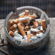 2-Jähriger raucht bis zu 40 Zigaretten am Tag (Foto)