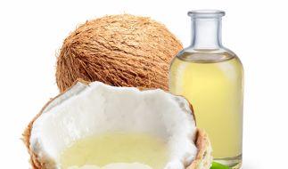 Kokosöl wird aus dem Kopra, dem weißen Fruchtfleisch der Kokosnuss, gewonnen. (Foto)