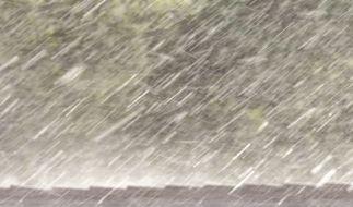 Dauerregen kann Süddeutschland überfluten. (Foto)