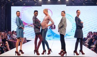 """Nach """"Germany's next Topmodel"""": Klaudia Giez (2. von rechts) rechnet mit der Model-Branche ab. (Foto)"""