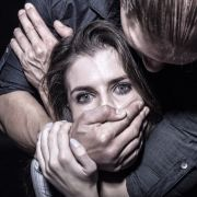 Ekelhaft! Männer-Duo vergewaltigt junge Mutter 45 Tage lang (Foto)