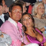 Dieter Bohlen ist überglücklich! Seine Freundin Carina hat einen neuen Job als Model. (Foto)
