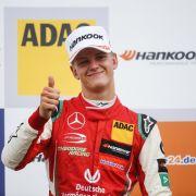 Schumis Sohn bald Ersatz für Hamilton oder Vettel? (Foto)