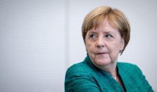 Angela Merkel muss sich im Bundestag aktuell ihren Kollegen und Kritikern stellen. (Foto)