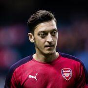 Özil-Berater attackiert Kroos, Müller, Neuer und Hoeneß (Foto)