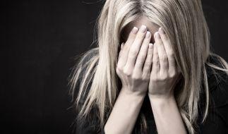 In Indien wurde eine junge Frau von vier Mitschülern vergewaltigt. Niemand wollte ihr helfen (Symbolbild). (Foto)