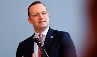 Jens Spahn will Pflege-Beschäftigte zur Mehrarbeit bewegen. (Foto)