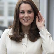 Insider überzeugt: Herzogin Kate bekommt ihr viertes Kind! (Foto)