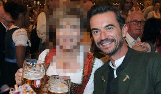 Mit wem feierte Florian Silbereisen denn hier beim Oktoberfest 2018? (Foto)