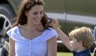 Prinz George ist der ganze Stolz seiner Mutter Kate Middleton. (Foto)