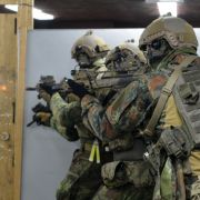 Soldat soll Frau in Elite-Kaserne missbraucht haben (Foto)