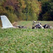 Zwei Tote bei Absturz von Kleinflugzeug in Thüringen (Foto)