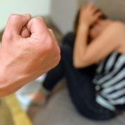Ehemann hackt Ehefrau die Hände ab - 14 Jahre Haft! (Foto)