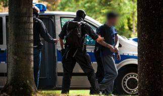 Am Montag wurden sieben der mutmaßlichen Rechtsterroristen festgenommen und tags darauf dem Haftrichter vorgeführt. (Foto)