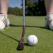 Augapfel explodiert! Frau erblindet nach Golfturnier (Foto)