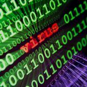 Virus-Gefahr! DIESE Promis sollten Sie lieber nicht googeln (Foto)