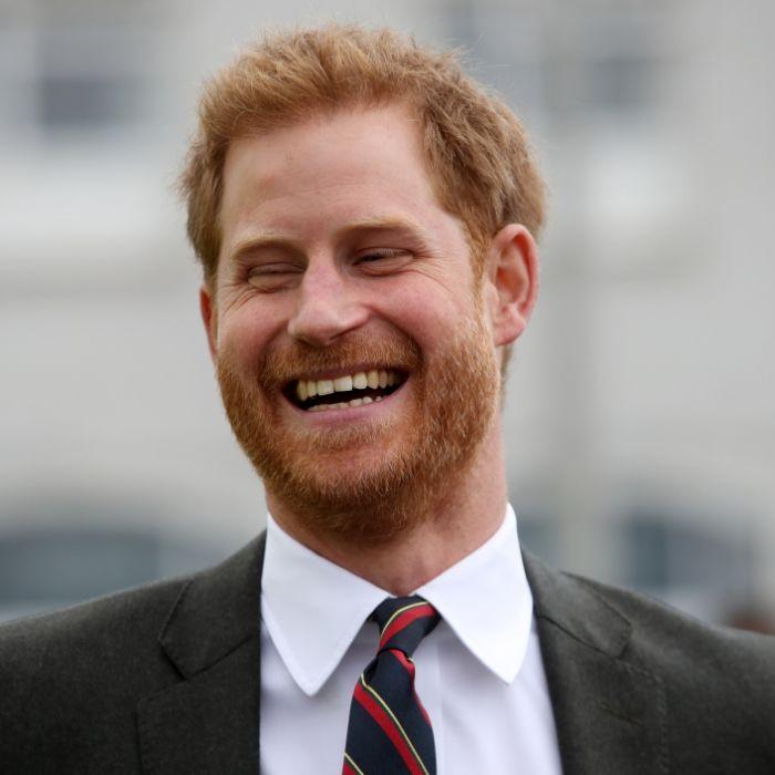 HIER zieht Prinz Harrys Ex-Freundin blank (Foto)