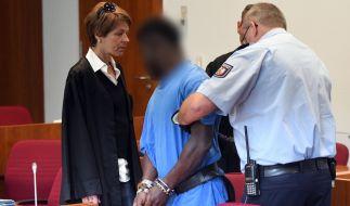 Im Revisionsprozess um die Vergewaltigung einer Camperin hat das Bonner Landgericht die Strafe für den Angeklagten herabgesetzt. (Foto)