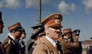 Ist Adolf Hitlers Großneffe ein Angela-Merkel-Fan? (Foto)