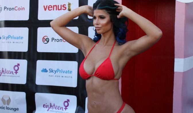 Micaela Schäfer war bei der Eröffnungsshow der Venus 2018 in Berlin natürlich einer der Stars schlechthin. (Foto)
