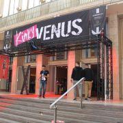 Der Eingang zur Kinky-Area bei der Venus 2018 in Berlin.