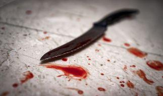 Ein Mann soll den neuen Partner seiner Ex-Freundin schwer verstümmelt haben (Symbolbild). (Foto)