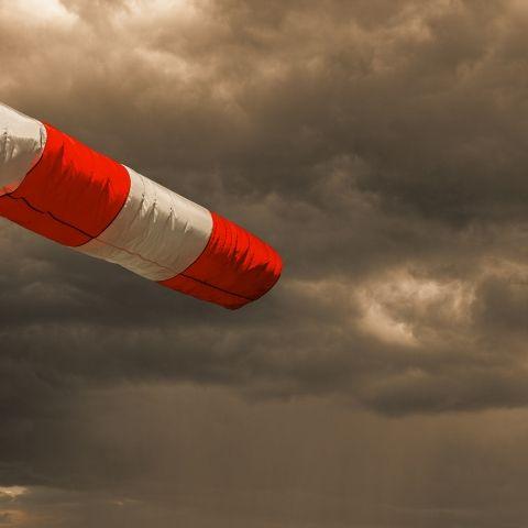 Warnung vor Sturmflut! HIER schlägt Tief Sieglinde zu (Foto)