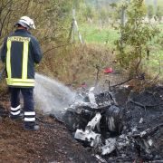 Horror-Crash!2 Tote nach Reifenplatzer bei Tempo 220 (Foto)
