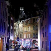Zwei Tote bei Wohnhausbrand in Köln - Bergungsarbeiten dauern an (Foto)