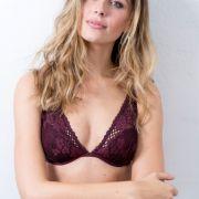 Wioleta arbeitet seit 8 Jahren als professionelles Model.