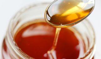 Wegen eventuellen Fremdkörpern im Honig wird der WabenhonigDogal Bal zurückgerufen. (Foto)