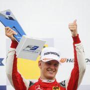 Die Formel 1 lockt! Mini-Schumi begeistert alle Fans (Foto)