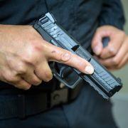 Mann attackiert Polizisten mit Schusswaffe - und wird erschossen (Foto)