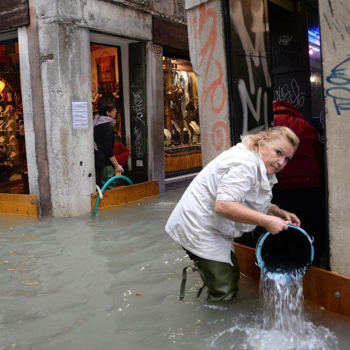 Tote nach Unwetter in Italien, Schnee-Chaos in Spanien (Foto)