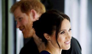 Charmant auftreten kann Meghan Markle wie keine Zweite - doch ist die 37-jährige Ehefrau von Prinz Harry wirklich gut aufgehoben im britischen Königshaus? (Foto)