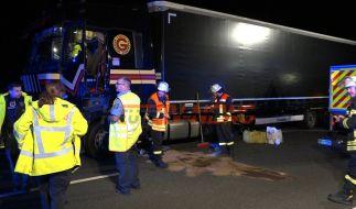 Ein völlig betrunkener Lastwagenfahrer ist auf einer Autobahn in Hessen fast 20 Minuten als Geisterfahrer unterwegs gewesen. (Foto)