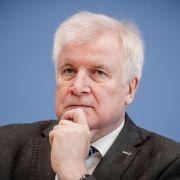 Seehofer will CSU-Vorsitz abgeben, Söder übernimmt (Foto)
