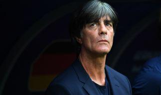 Jogi Löw steht nach den verpatzten Länderspielen unter Druck. (Foto)