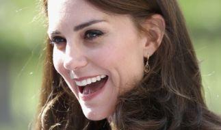 Gerüchten zufolge soll Kate Middleton bereits wieder schwanger sein. Was ist dran? (Foto)