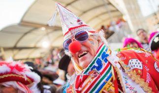Jecken feiern beim Karneval in Köln: Am 11.11.2018 beginnt wieder die närrische Zeit. (Foto)