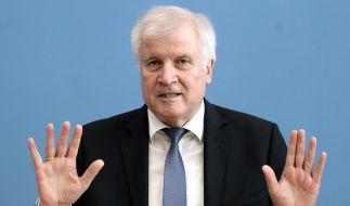 Horst Seehofer hat seinen Rücktritt angekündigt. (Foto)