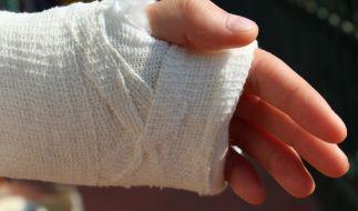 Ein Australier musste eine Reise nach Grönland mit einem schmerzhaften Arztbesuch bezahlen (Symbolfoto). (Foto)