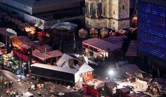 Vor zwei Jahren raste ein LKW in den Weihnachtsmarkt am Berliner Breitscheidplatz. (Foto)