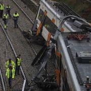 Ein Toter und 44 Verletzte nach Zugunglück (Foto)