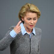 200 Millionen Euro verpulvert! Wird die Verteidigungsministerin vom Ausschuss gegrillt? (Foto)