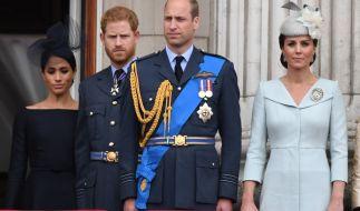 Zwischen Prinz Harry und Prinz William scheint der Haussegen ordentlich schief zu hängen - die Ehefrauen der Prinzen, Meghan Markle und Kate Middleton scheinen daran nicht ganz unbeteiligt zu sein. (Foto)